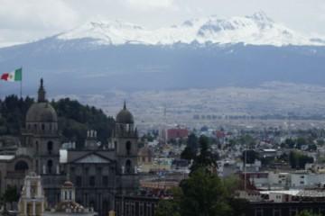 Toluca_a_los_pies_del_nevado